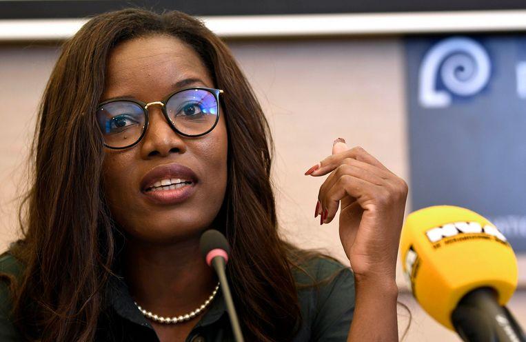 Assita Kanko tijdens de persconferentie van de N-VA over het Europese programma van de partij met de top vier van de Europese N-VA-lijst.