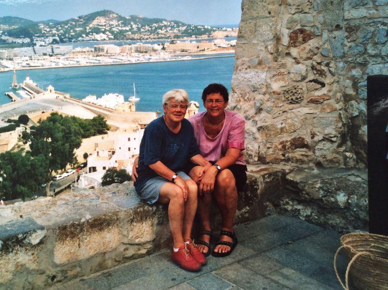 Met Riet op Ibiza. Beeld Dana Ploeger