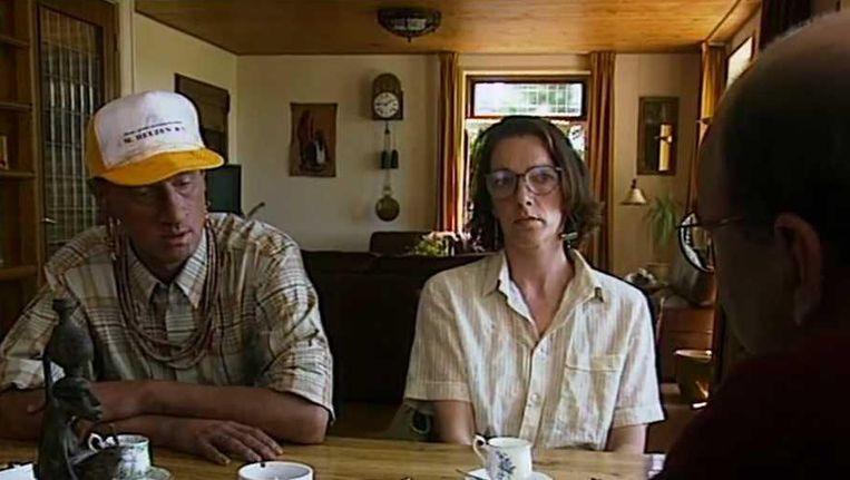 Arjan Ederveen (links) in Geboren in een verkeerd lichaam (1995). Beeld .