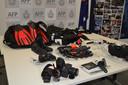 Les agents ont confisqué les photos et le matériel de plongée du blogueur pour des milliers d'euros.