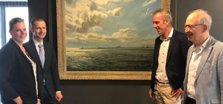 Watersnoodschilderij hangt weer in Doetinchems stadhuis