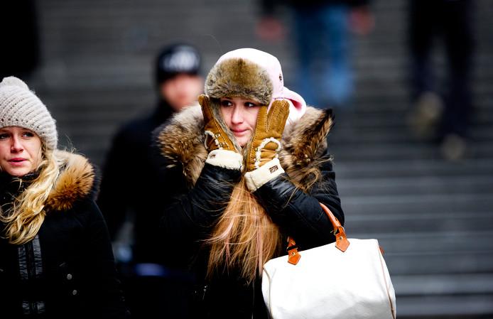 In het centrum van Rotterdam gingen mensen vorige winter goed ingepakt de straat op om de kou te trotseren.