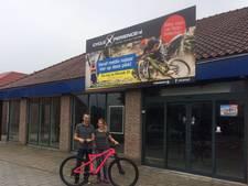 Wielerzaak cycleXperience naar pand  supermarkt Jan Linders Uden