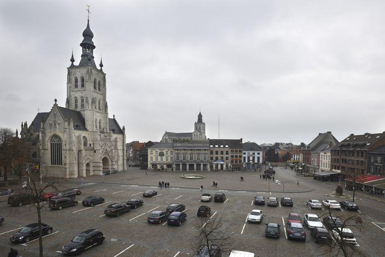 De Grote Markt in Tienen is uiteindelijk 'slechts' de derde grootste markt van ons land. TIENEN: 18.530 M2