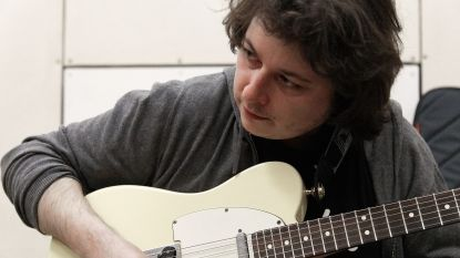 Gentse muziekscene in diepe rouw: gitarist Wannes Casier (34) sterft na val van trap