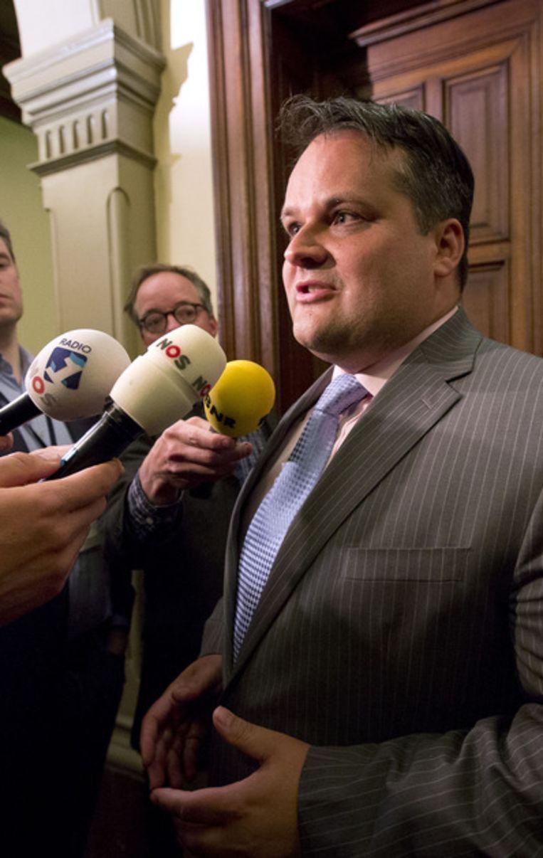 Jan Kees de Jager staat de pers te woord nadat er een besluit is genomen over het begrotingsakkoord. Beeld ANP