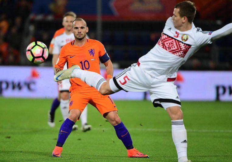Sneijder in actie tegen Wit-Rusland. Beeld anp