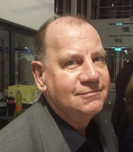 Jan Wassink, de 'vriend' van de burgemeester, in het pluche in Berg en Dal