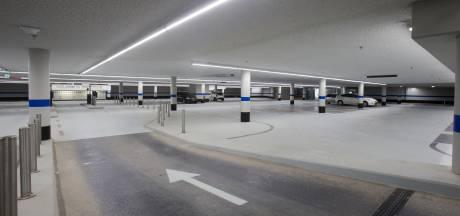 Veenendaal zoekt acht ton voor verlieslijdende parkeergarages