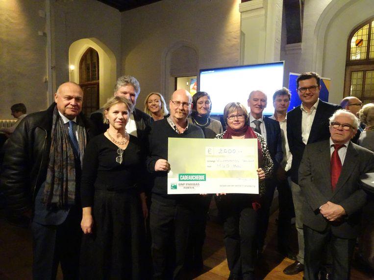 Het Willemsfonds haalde 2.000 euro op.