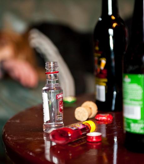 Twee tieners in coma door te veel drank bij Bruisend Reeuwijk: burgemeester roept op tot debat