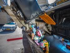 Gezinnen moeten extra dokken voor afval: 'Bizar, we weten niet eens waarom'
