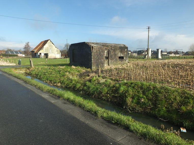 De bunker in de Beekstraat maakt na 80 jaar plaats voor een 'seniorenkot'.