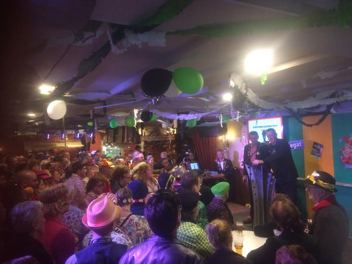 Het Politiek Café in Boxtel is begonnen
