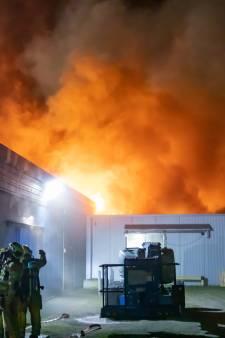Grote brand bij omstreden visverwerker in Bunschoten
