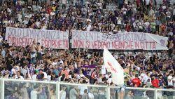 Fans zijn boos om beleid, dus zet eigenaar voetbalclub te koop