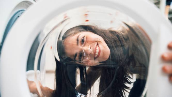 Zo maak je zelf je wasmachine schoon in 5 stappen