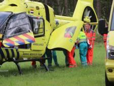 Traumahelikopter schiet te hulp in Hoenderloo voor onwel geworden vrouw (18)