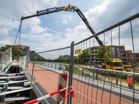 Brug De Freule in Apeldoorn krijgt eindelijk haar balkons terug