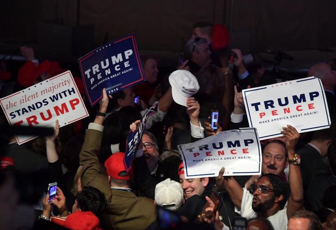 Trump-aanhangers vieren feest.