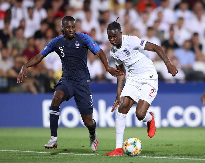 Wan-Bissaka (r) in actie op het WK -21 jaar.