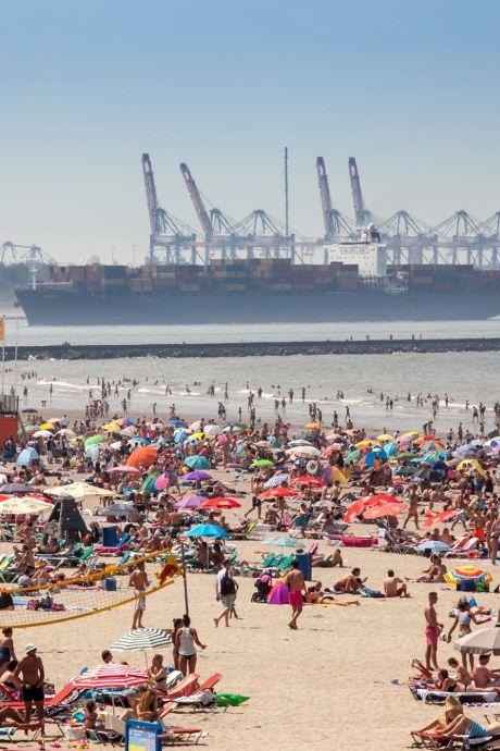 LIVE | Strand Maasvlakte, Hoek van Holland en Nesselande vol, toegangswegen afgesloten