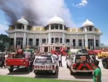 Un manoir d'une valeur de 64 millions de dollars détruit par un incendie à Pattaya
