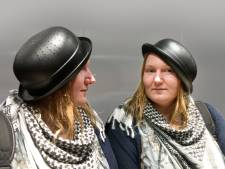 Nederlandse mag niet met vergiet op hoofd op rijbewijs