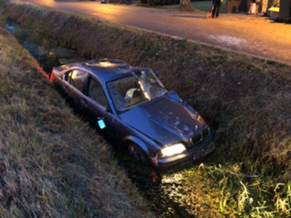 Chauffeur verongelukt nadat hij van de weggeraakt