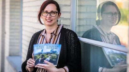 Juf Maja stelt haar tweede boek 'Magische redding' voor, het derde ligt ook al klaar