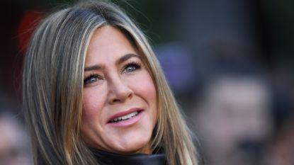 Jennifer Aniston grapt over Instagramrecord in nieuwe video