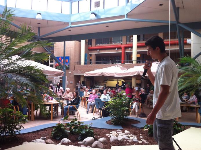Karim zingt Papa van Stef Bos.