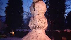 Da's pas een sneeuwman: 5,5 meter hoog!