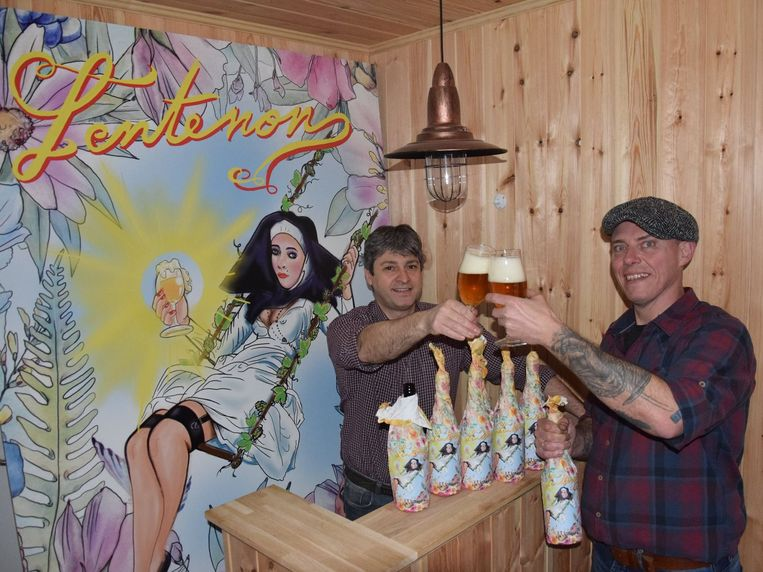 Bart De Wolf entattoo-artiest Peter Piron zorgen voor een wulps nieuw lentebiertje.