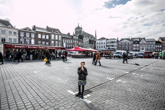 Een archiefbeeld van de zaterdagmarkt in Sint-Truiden.