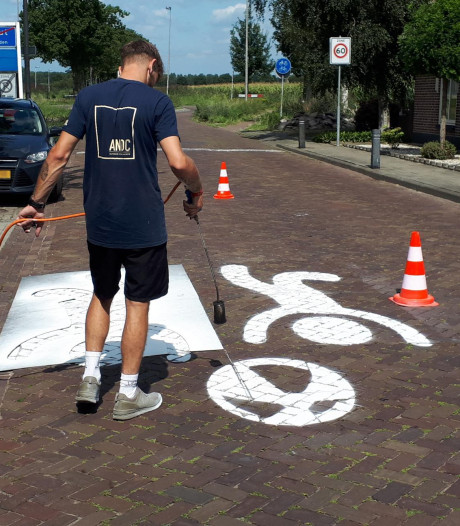 Heusden zet straatgraffiti in tegen hardrijders, maar 'het kan niet overal'