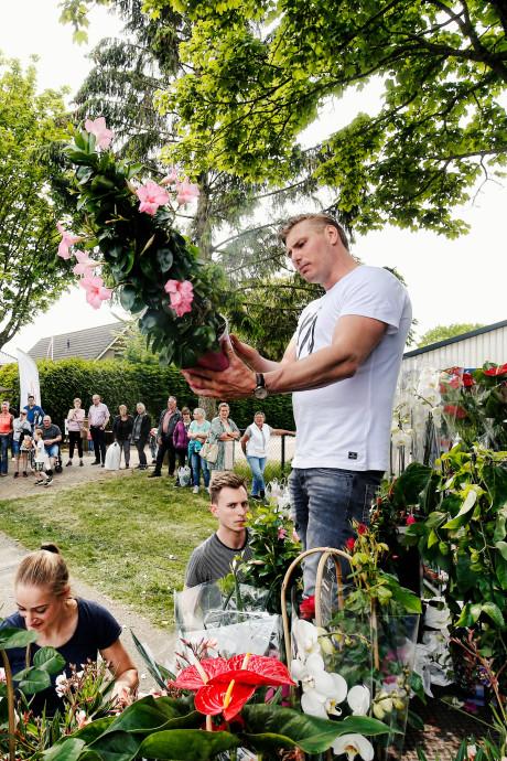 Het was fantastisch: 'lekker volks' op de Tuinbraderie in Odijk