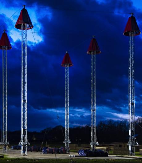 Podia van Het Stuiterbal herrijzen onder de donkere wolken van Haghorst