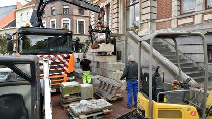 Restauratie pui gemeentehuis na 10 jaar begonnen