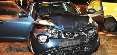Drie auto's betrokken bij ongeval op de kruising van Akkerlaan