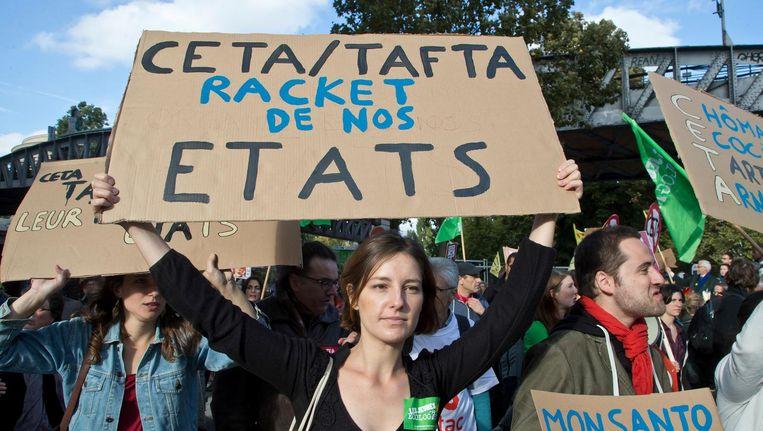 Een anti-CETA-demonstratie in Parijs. Beeld AP