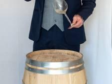 Bart (22) handelt in wijn: 'Ik wist het verschil niet tussen Chardonnay en Sauvignon Blanc'