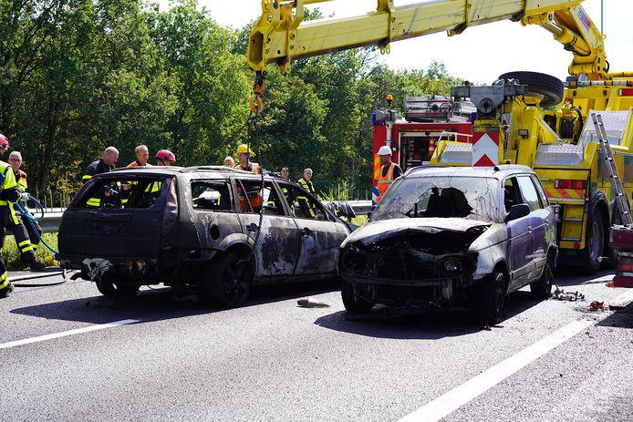 De A27 was afgesloten voor het verkeer omdat hulpdiensten hun werk moesten doen.