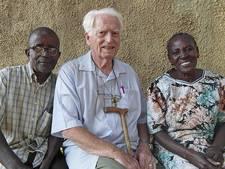 Pater Hans Burgman uit Hengelo na 40 jaar weg uit Kenia