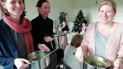 Gemeentepersoneel krijgt 'Soep for Life' tijdens Warmste Week