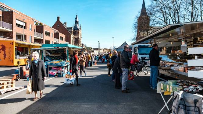 Marktbezoekers maken weer kans op cadeaus