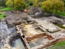 Van de grote zaal tot aan de beerput; archeologen leggen eeuwenoud kasteel bloot