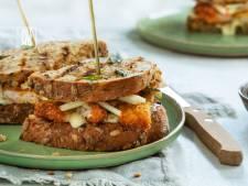 Wat Eten We Vandaag: Schnitzelsandwich met appelsalsa en dragonmayonaise