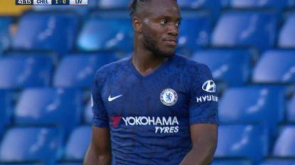 Batshuayi trefzeker bij de U23 van Chelsea: Frank Lampard kijkt toe