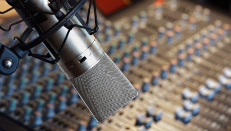 Er moet meer toezicht komen op de Buma-tarieven voor de gebruikers van muziek, zoals radiostations, winkeliers, horecabedrijven en websites. © Thinkstock Beeld